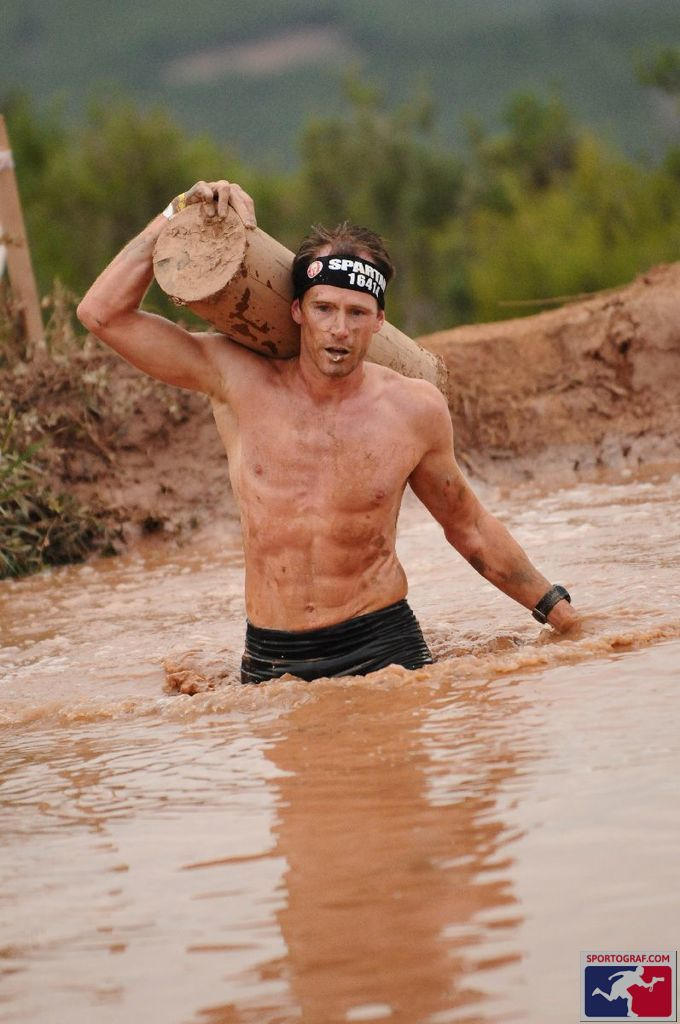 Spartan Race log carry